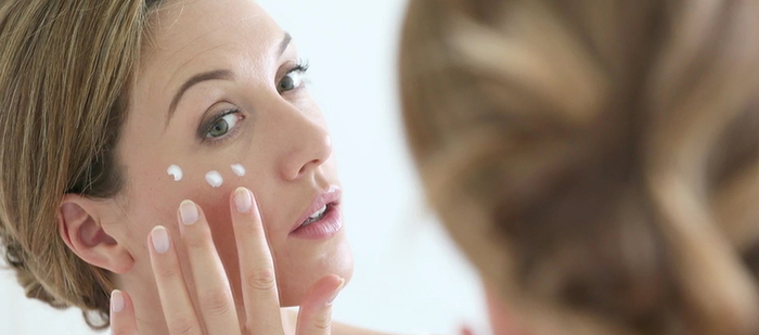 Fighting hyperpigmentation with sunscreen.